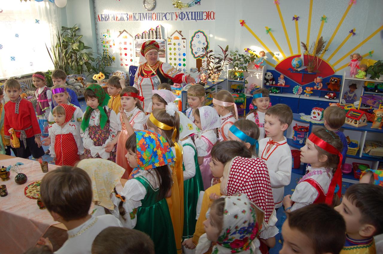 Сценарий рождественского праздника для детей в детском саду